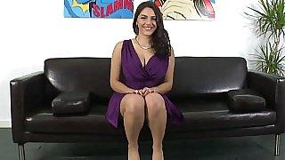 Gorgeous Valentina Nappi spreading