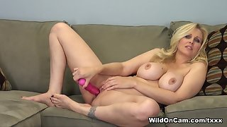 Best pornstar Julia Ann in Exotic MILF, Blonde adult scene