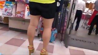 Candid open high heels in public 16