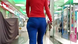 Nice ass in blue pants