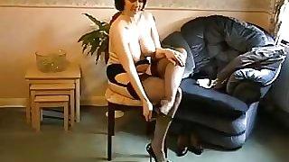 strip tease d'une Milf