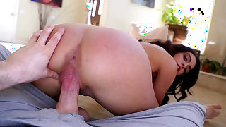 Taylor May loves the cock fully in her greedy pussy