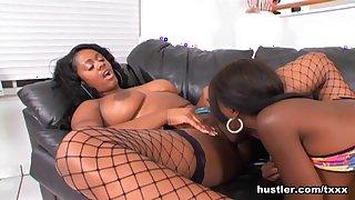 Barbie Banxxx & Sole Dior in Black Lesbian Leather Licks - Hustler
